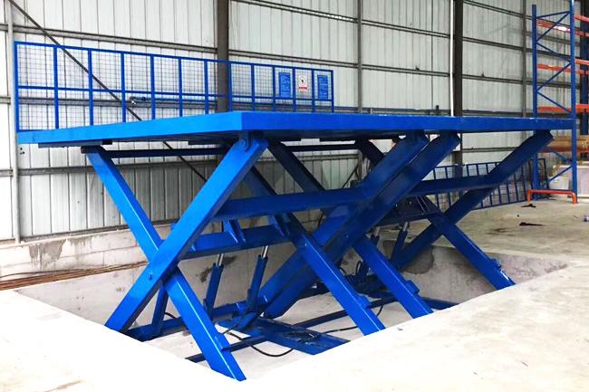 剪叉式高空升降平台的安全使用要求