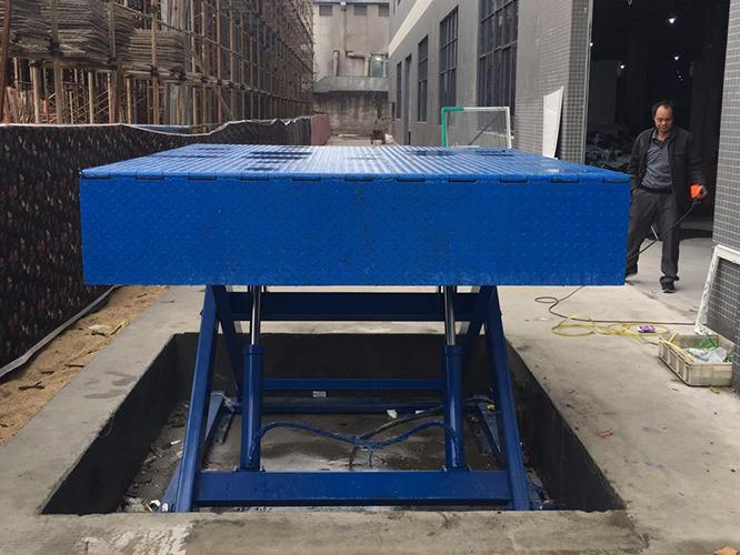 台风雨季来袭,剪叉式升降平台该如何更好的存放