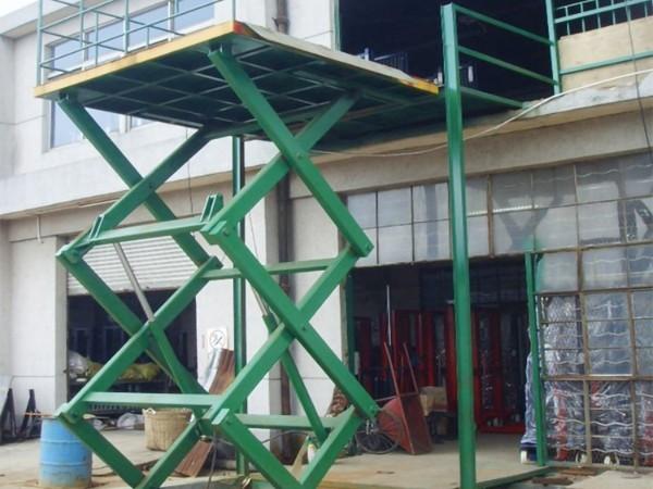 导轨式佛山升降平台在现代工业生产中的应用